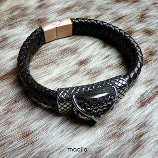 http://www.maolia.fr/bracelets/2826-bracelet-homme-cuir-tress%C3%A9-marron-t%C3%AAte-d-aigle.html