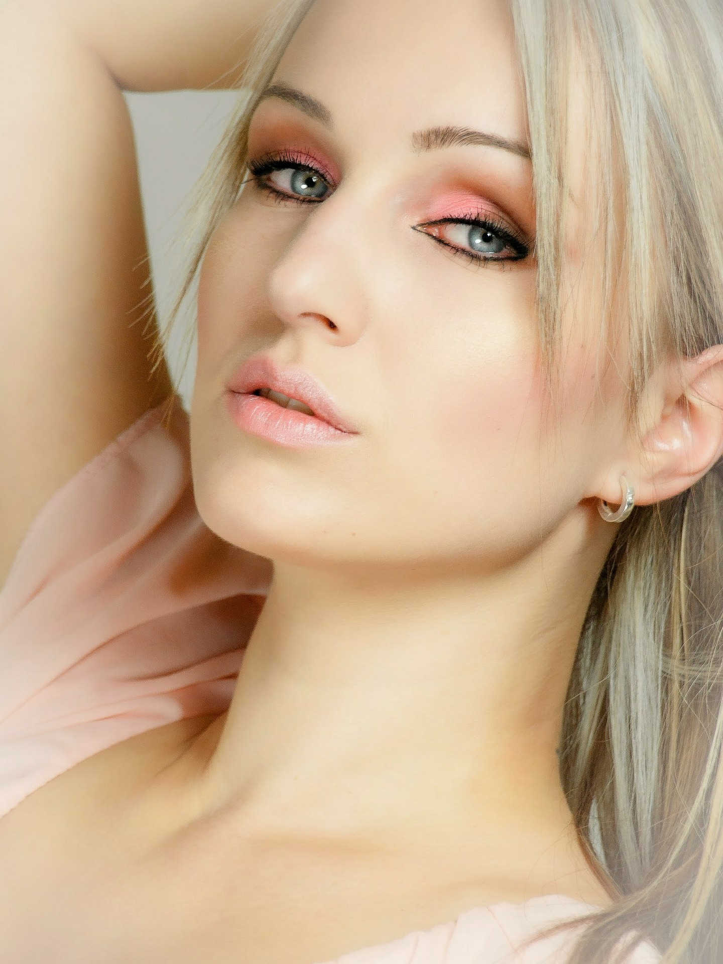 10 TIPS: AVOID PIGMENTATION AROUND THE NOSE