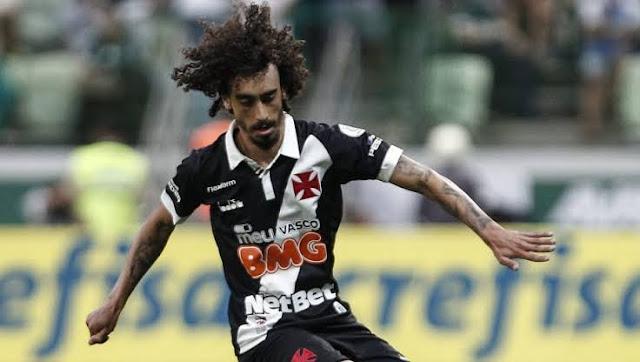 Meia não joga pelo Vasco (Foto: Reprodução)