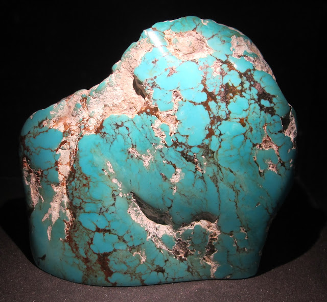 Picture of a chunk of Bisbee Blue turquoise