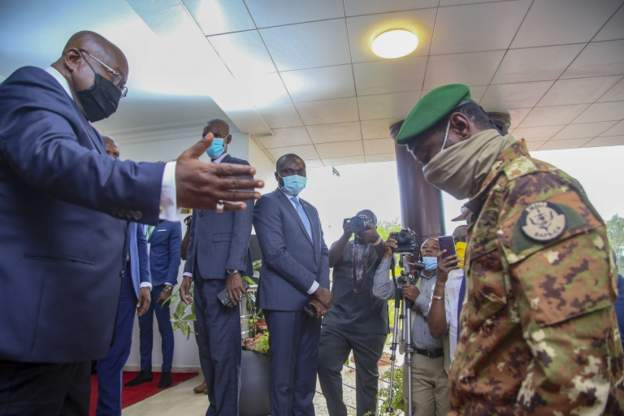 Ecowas hopes for civilian rule in Mali 'within days'