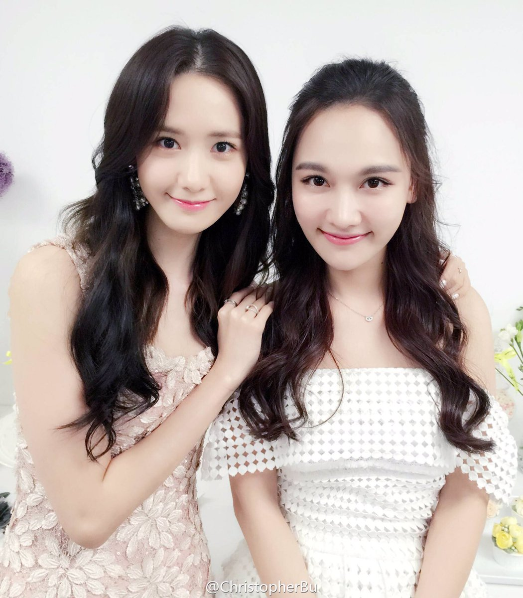 yoona poses with sun xiao xiao    daily k pop news