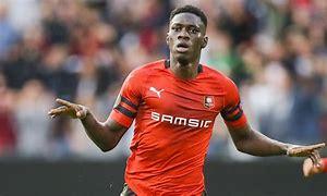 Arsenal hold Sarr talks as Mavropanos takes off on credit to Stuttgart