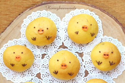 Pumpkin Milk Buns (Chicky Buns)