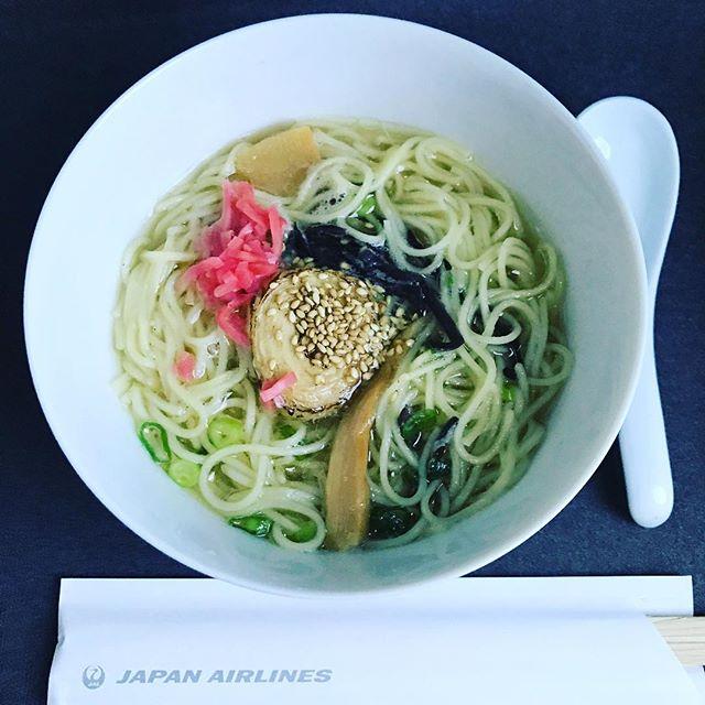 2018年6月下旬:JL772(JAL772) オーストラリア・シドニー=東京・成田 国際線ビジネスクラスの機内食内容