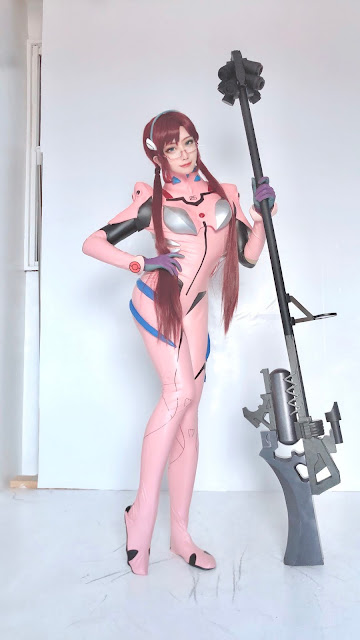 Matsuna cosplayer cantik mari evangelion