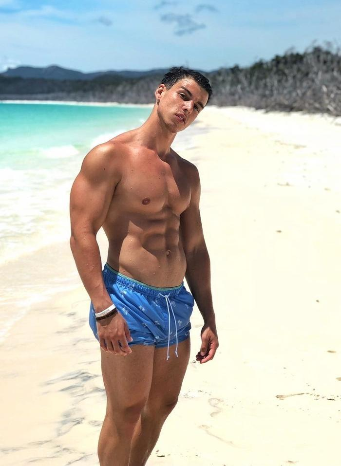 shirtless-beefy-young-hunk-cocky-fit-beach-body-swole-college-bro