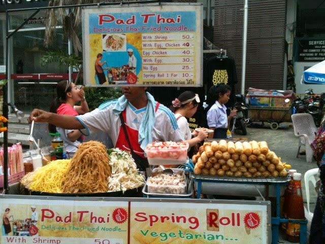 Hasil gambar untuk penjual makanan Thailand