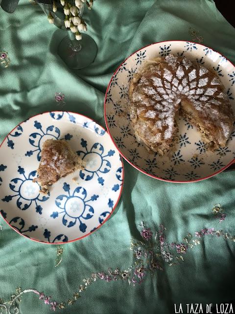 pastela-rellena-de-pollo-y-almendras