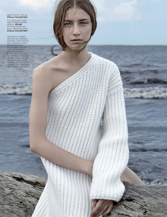 Stella McCartney 2015 AW White One Shoulder Knitting Dress With High Slit Editorials
