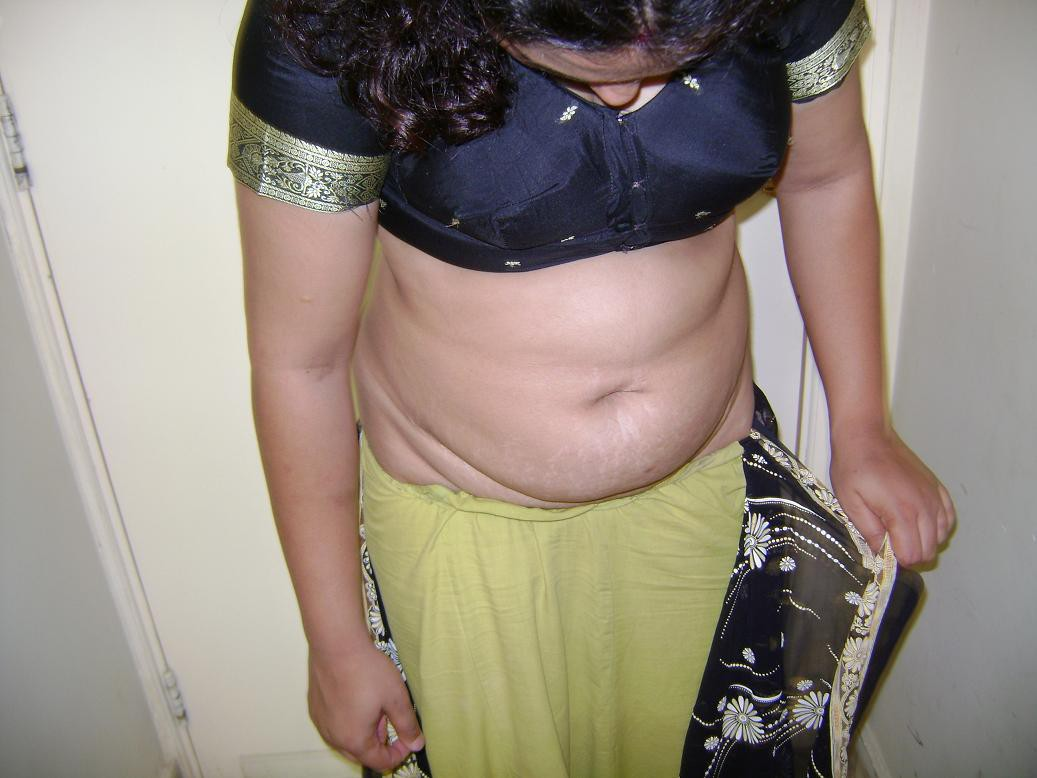 Escorts in a saree