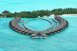 Honeymoon Destinations with Overwater Bungalows maldives