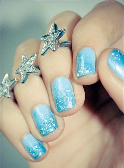 Cool Amazing Frozen Nails Art - Cool Amazing Frozen Nail Arthttp://nails-side.blogspot.com/