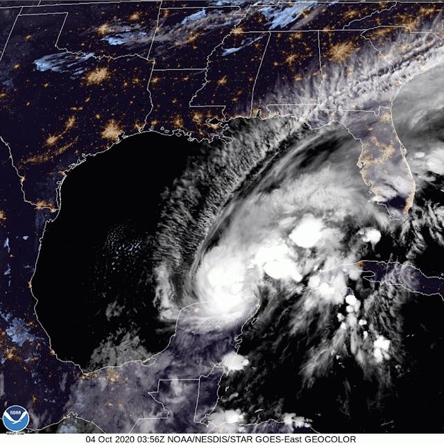 """Esta noche """"Gamma"""" se desplaza sobre el noreste de Yucatán"""