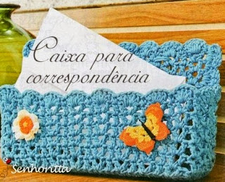 http://crochet-plaisir.over-blog.com/article-accessoires-et-leurs-grilles-gratuites-au-crochet-107069405.html