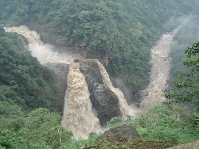 Magod Falls Tourust Destination in Bangalore