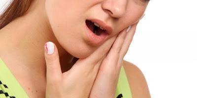 7 Bahan Alami Yang Efektif Meredakan Sakit Pada Gigi