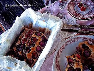Bizcocho integral con cerezas, sin azúcar (apto para diabéticos)