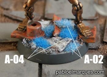Peana con césped azul. ref: A-02 y A-04