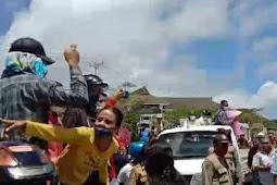 Tanggapi Aksi Demo, Petrus Fatlolon Pastikan Kawal Kasus Korupsi di Tanimbar