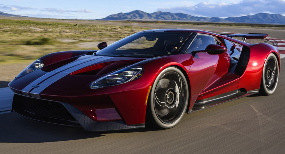 Ford GT Goes Old School With '67 Heritage Edition
