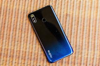 Realme 3 की पहली सेल में बिकी 2 लाख से ज्यादा यूनिट्स, अगली सेल होगी इस दिन !, Realme 3 sale