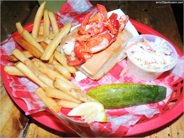 Lobster Roll en un Restaurante de Massachusetts
