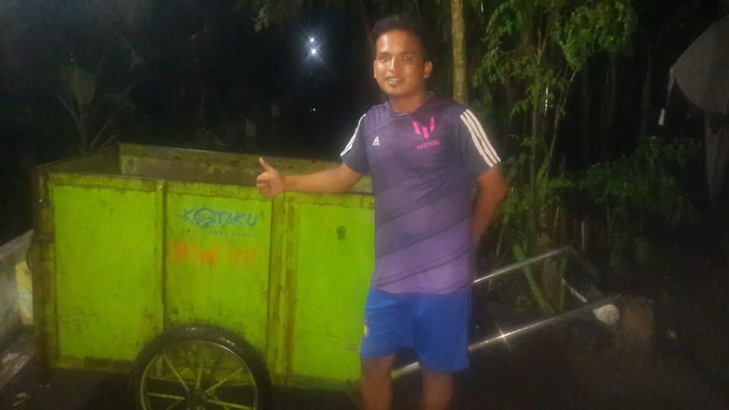 Warga RW 08 Kelurahan Rogotrunan Kelola Sampah Secara Mandiri