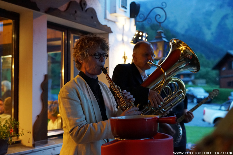 Jazz players at the Coucou restaurant