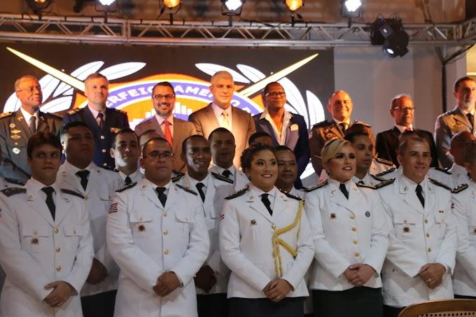 Bahia ganha especialistas em incêndio, pânico e defesa civil