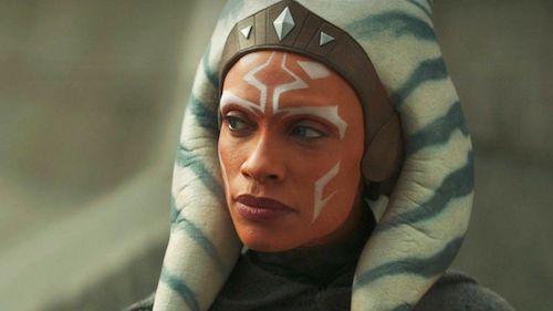 Rosario Dawson uses the Force over Zoom