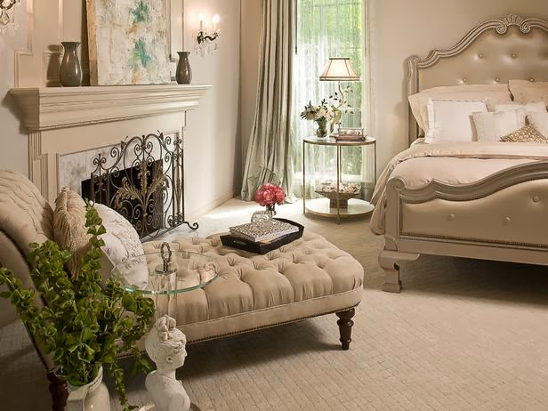 Modern Furniture: Romantic Bedrooms Decorating : Sexy and ...