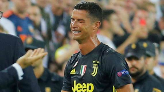 Ronaldo sees red in Juve win