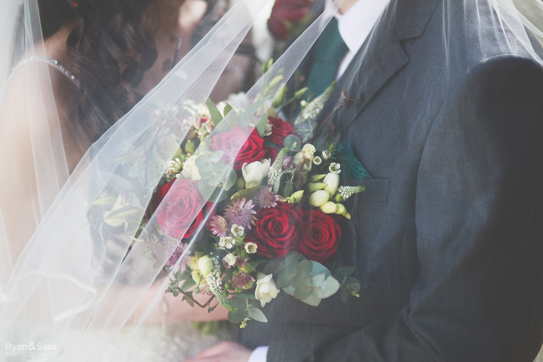 wedding veil, wedding flowers, abbie digweed flowers