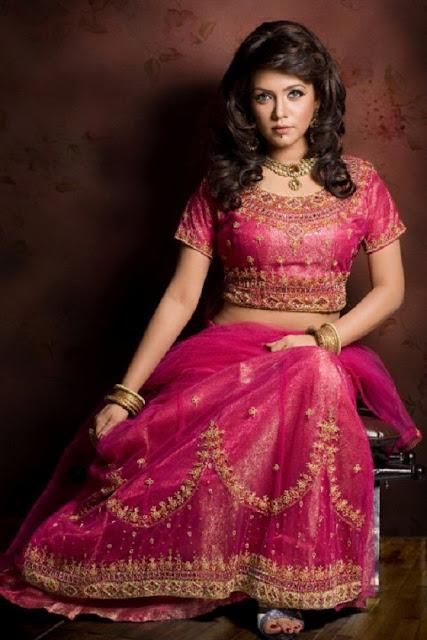 Mila Islam Bangladeshi Singer Marrriage Saree