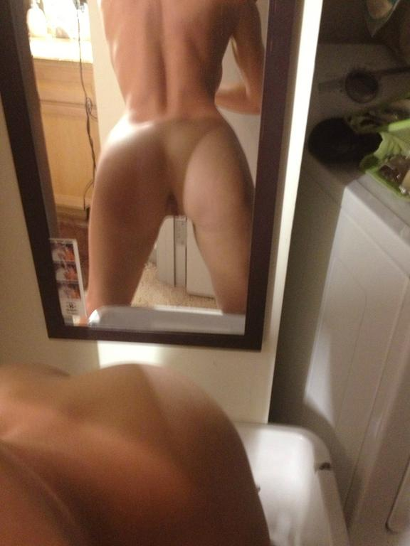 2 amazing latinas with big bootys in threesome ap - 2 3