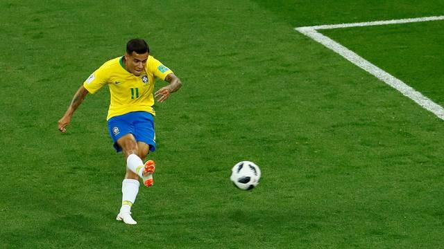 Philippe Coutinho faz golaço, mas Brasil só empata na estreia da Copa do Mundo