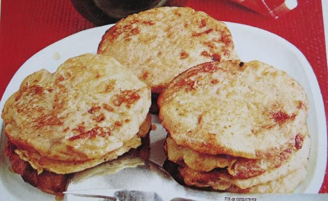 Recept på (mjölkfria) Bananplättar, Kejsarpannkaka och Pannkakstårta