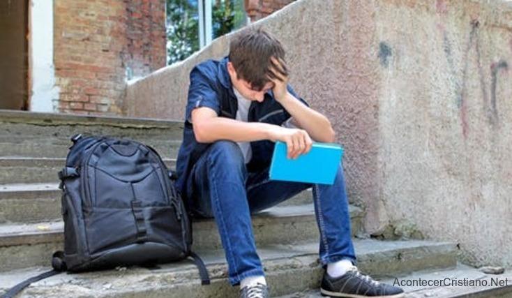 Estudiante expulsado de aula de clases