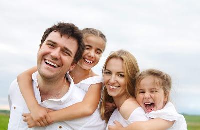 Pengertian, Peran, Fungsi, dan Cara Melibatkan Tuhan dalam Kehidupan Keluarga