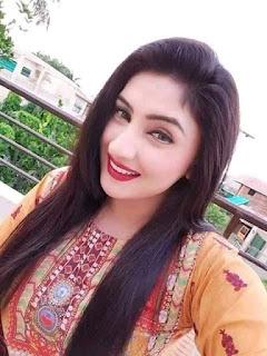 Beautiful girl WhatsApp number