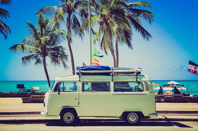 viagem com amigos para praia
