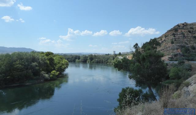 El riu Ebre al sud d'Ascó