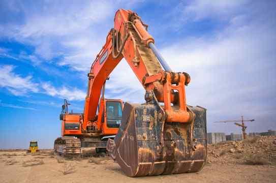 perawatan excavator