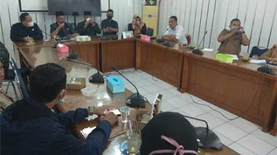 Lahan akan Disertifikatkan Lantamal II, Warga Teluk Bayur Mengadu ke DPRD Padang