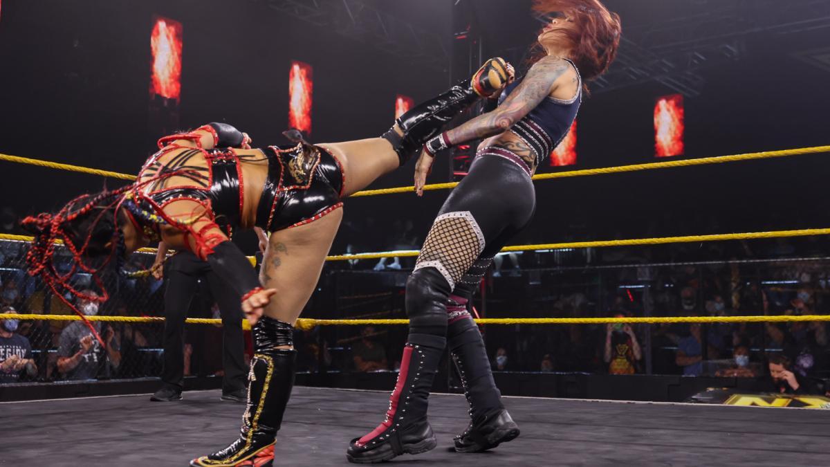 Mercedes Martinez foi nocauteada de verdade no último WWE NXT