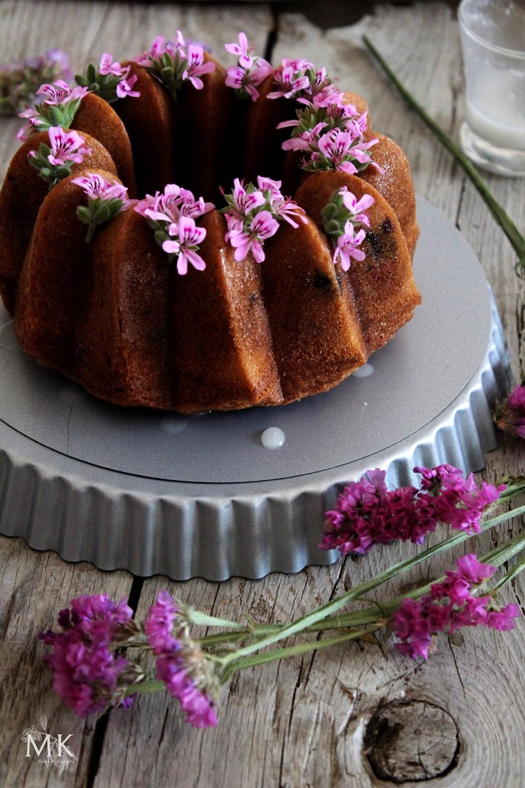 bundt-cake-arandanos-flor--sauco