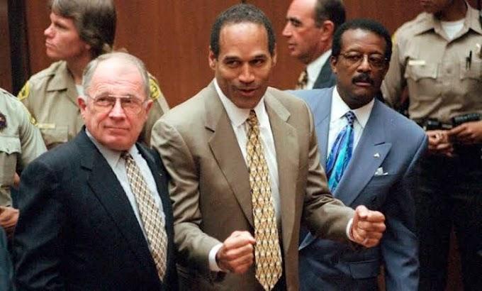 Ünlü avukat F. Lee Bailey 87 yaşında öldü.