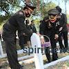 HUT RI Ke-75 Kapolres Takalar Pimpin Upacara Tabur Bunga Di TMP Polongbangkeng