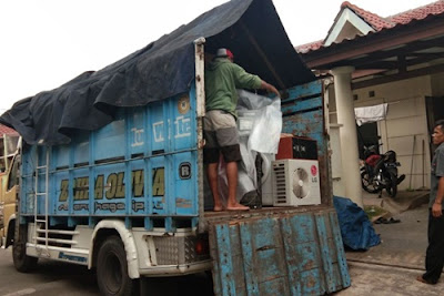 Sewa Truk Pindahan Malang ke Jakarta